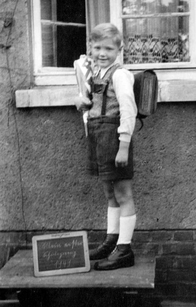 Klaus' first school day in 1949
